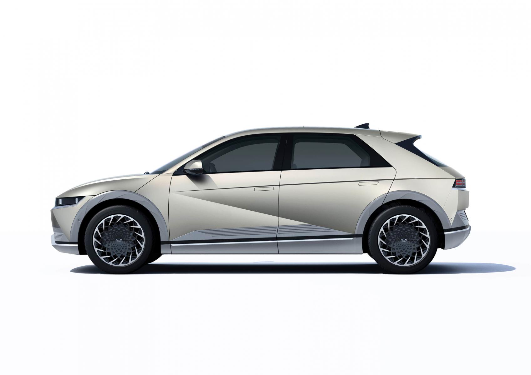 Hyundai IONIQ 5 переосмислює спосіб життя з електричною мобільністю | Базис-Авто - фото 12